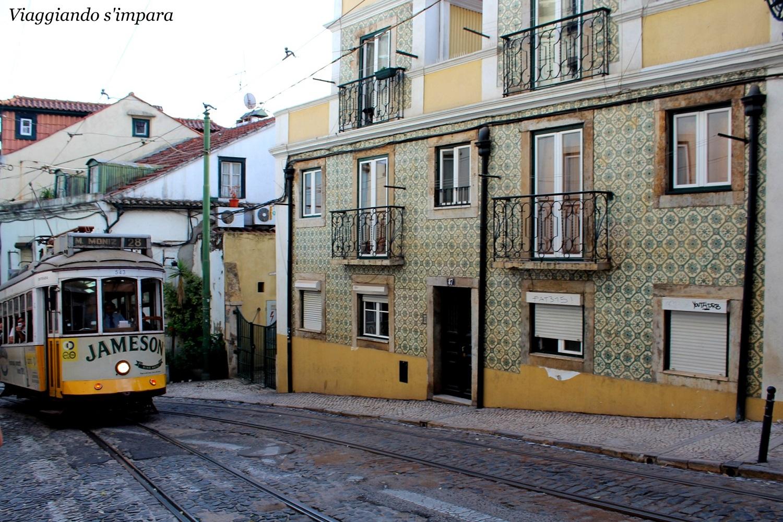 tram 28 a Alfama