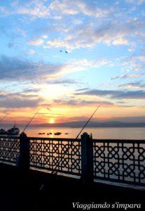 La pesca sul ponte di Galata